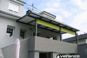 pergola avec store screen vertical